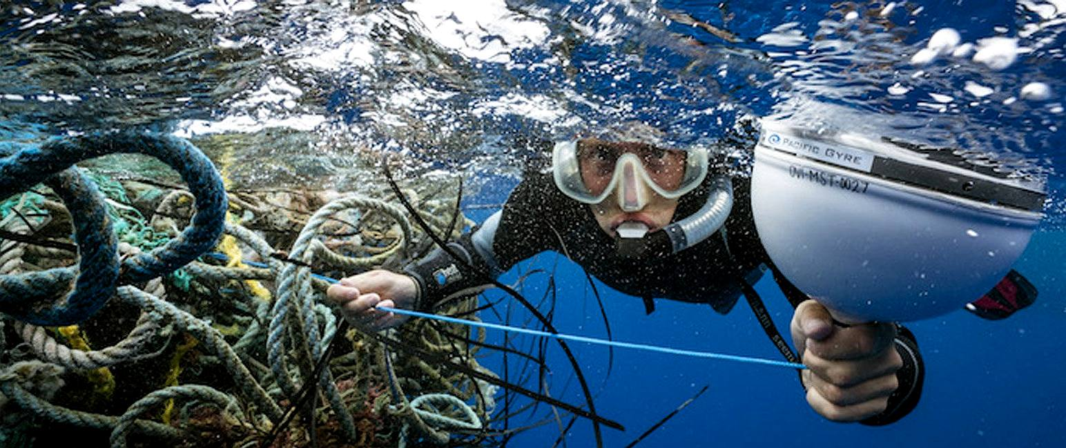 Ocean Voyages Institute collecting ghost fishing nets from the Pacific gyre